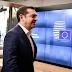 Το αιχμηρό σχόλιο του Bloomberg για τον Τσίπρα και την… αντιστροφή των δημοψηφισμάτων
