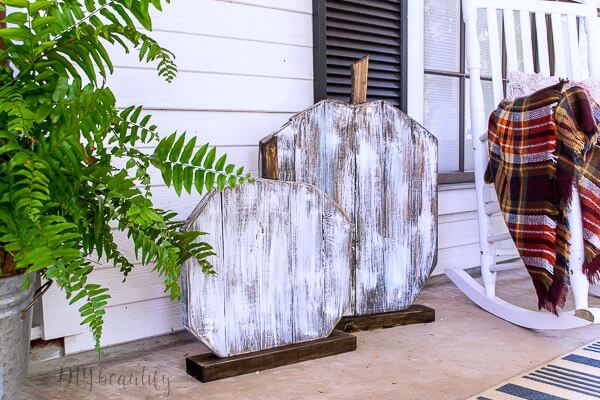 large scale DIY 2x4 pumpkins for fall porch