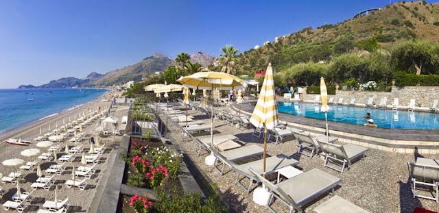 Região beira a mar em Taormina
