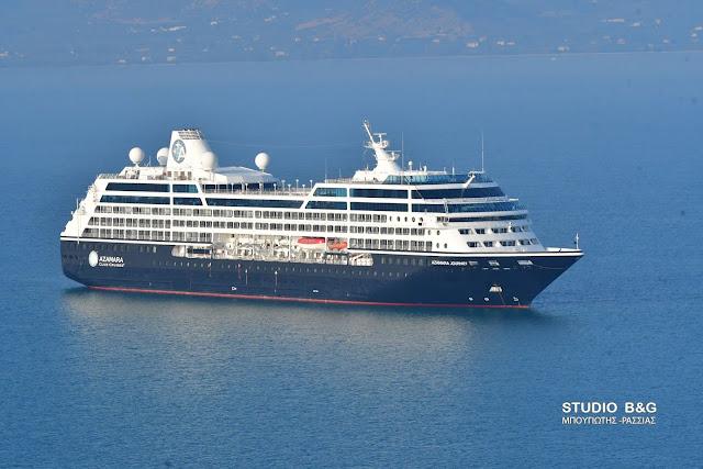 """Στο Ναύπλιο το πολυτελές κρουαζιερόπλοιο """"Azamara Journey"""" (βίντεο)"""
