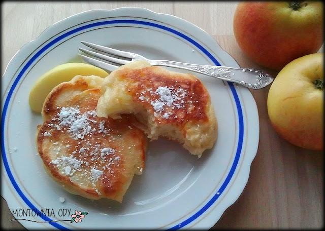 placuszki drożdżowe z jabłkiem