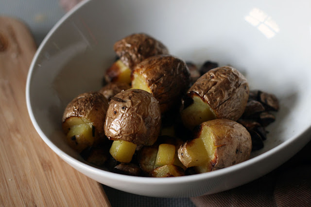 the finished mushroom potatoes in a white bowl.