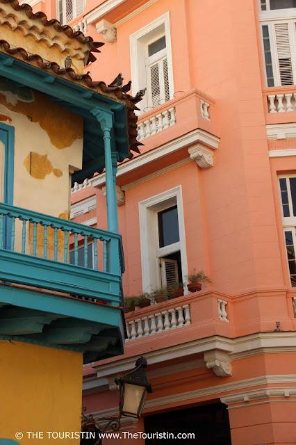 hotel ambos mundos facade the touristin vieja cuba havana