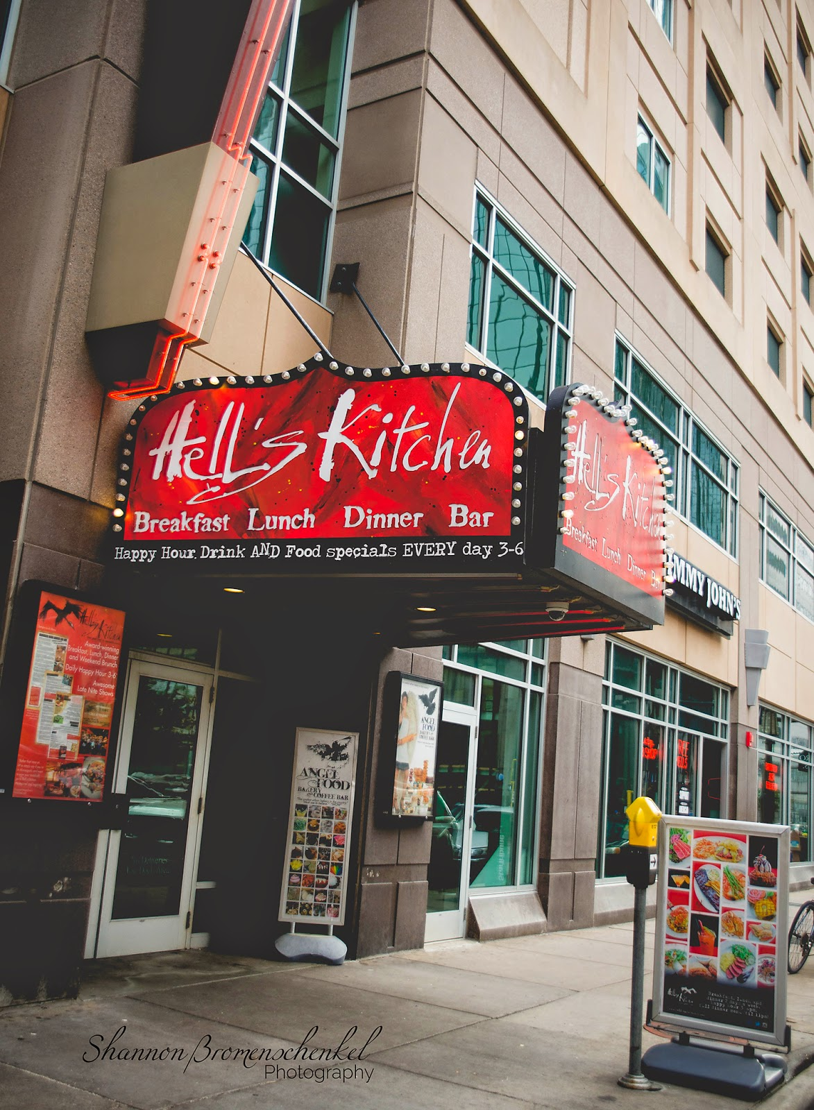 Hell's Kitchen Minneapolis, MN Hot Eats and Cool Reads