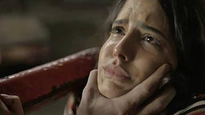 Youssef descobre que Laila (Julia Dalavia) está esperando um filho de Jamil — Foto: TV GLOBO