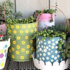60 lindas ideias de como usar latas como vasos de plantas