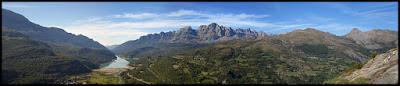 Vistas del valle de Tena desde Peña Escuach