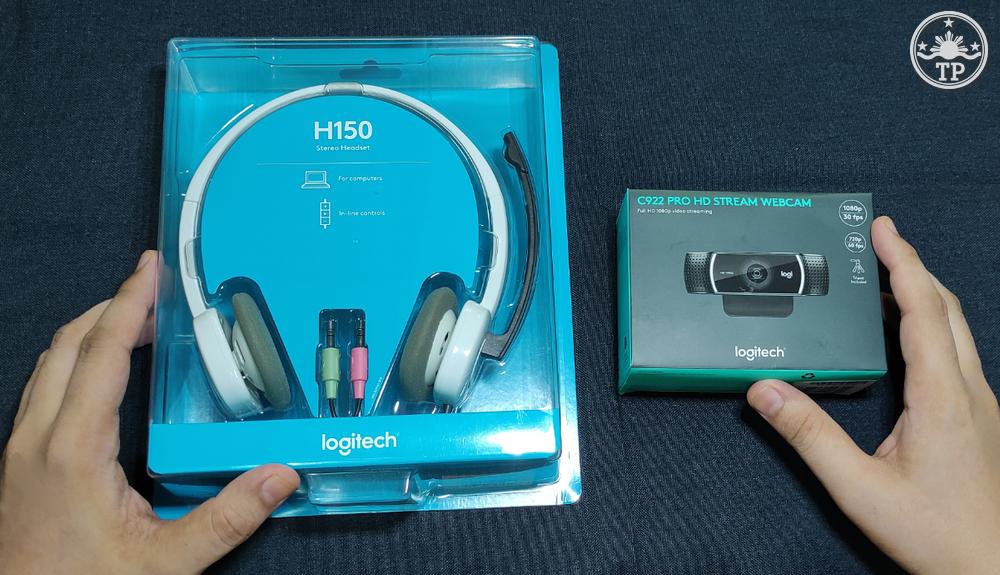 Logitech C922 Pro HD Stream Webcam, Logitech H150 Headset