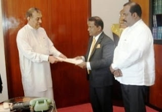 Deputy Speaker Thilanga submits report to Speaker