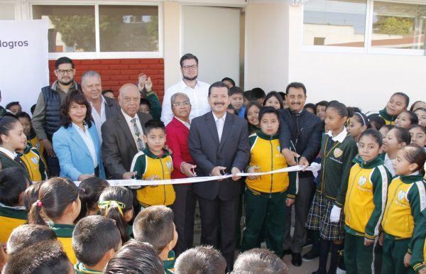 Cumple gobierno promesa a primaria Juan C. Bonilla