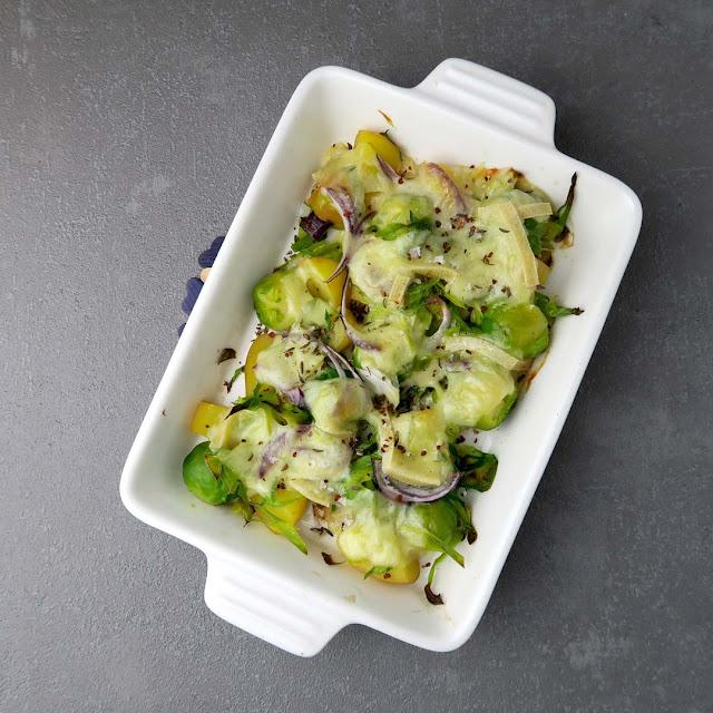 Wintergemüse unter einer mollig warmen Decke aus Raclette | pastasciutta.de