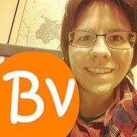 Buchvogel-Bloggerin mit Buchvogel-Blog-Logo