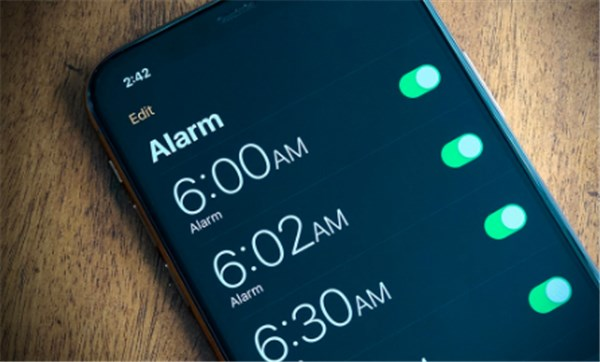 How to Use New iPhone Alarms in iOS 14