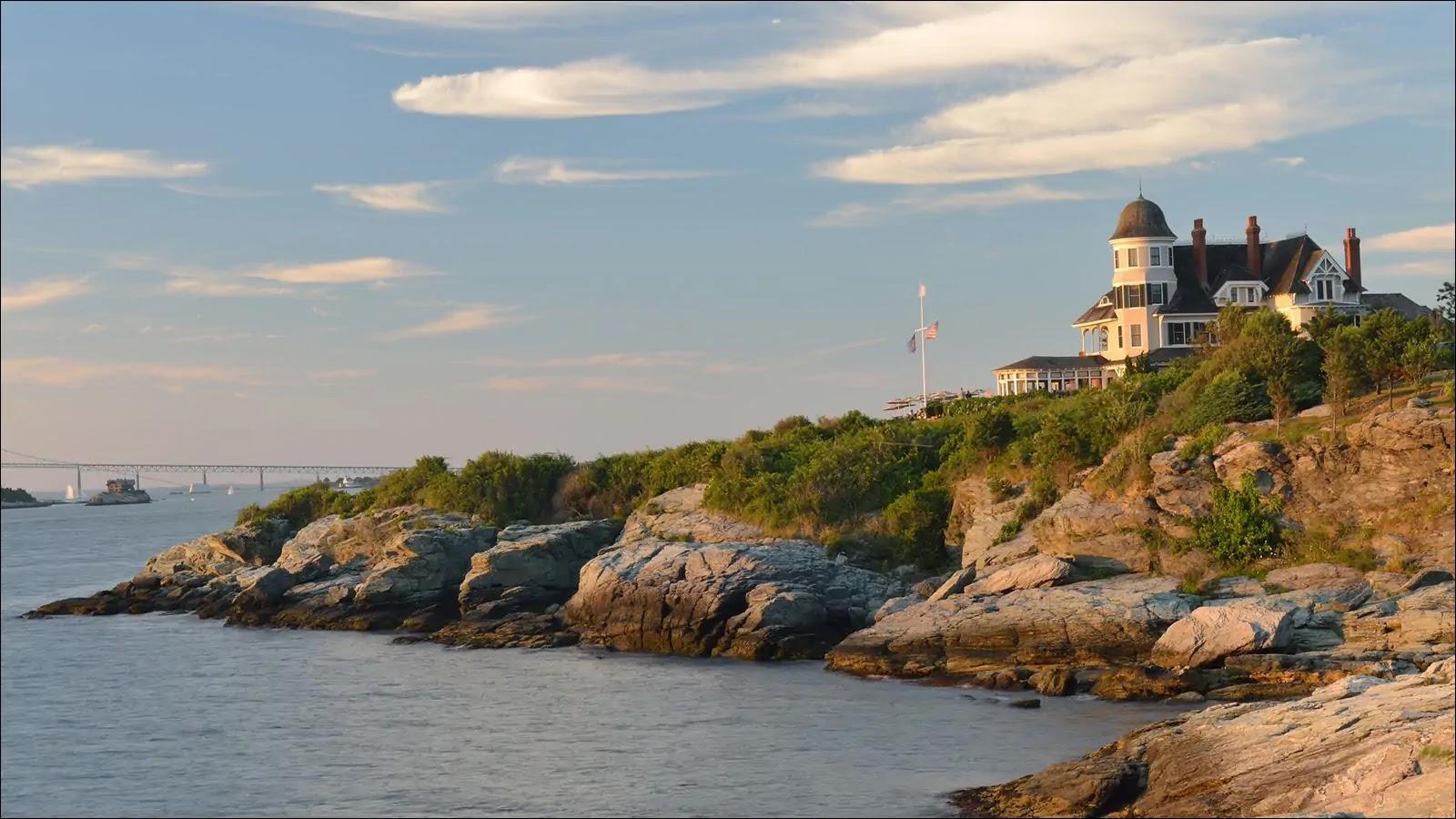 Rhode Island Border