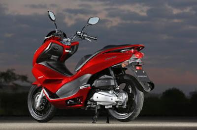 Honda PCK 150 Tampil Mewah Dan Elegan Dengan Warna Baru 2017
