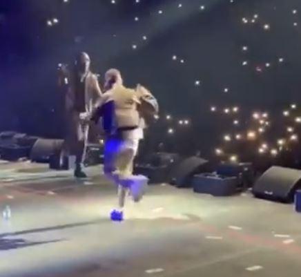 Wizkid & Burna Boy dancing at the O2 Arena in London