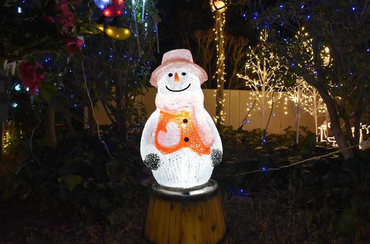 クリスマスの雪だるまイルミネーション