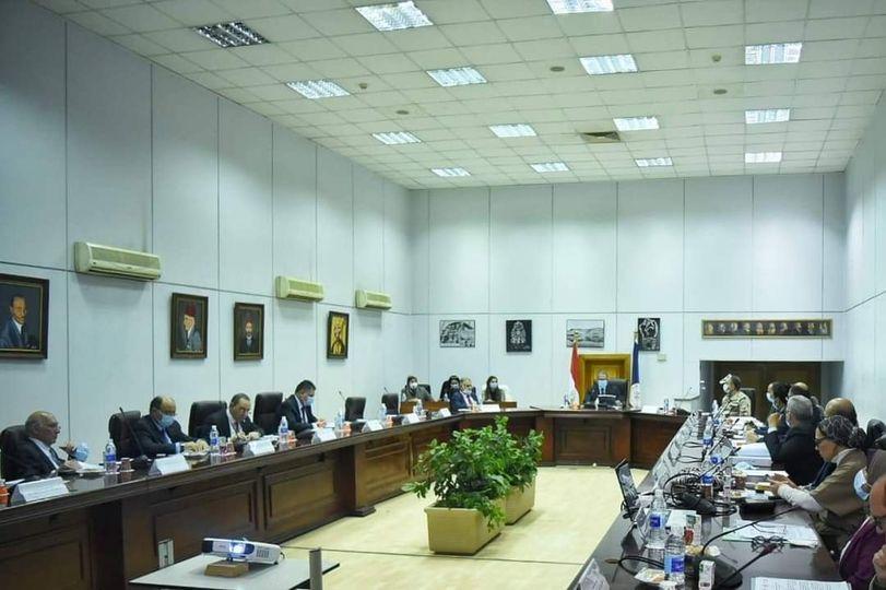 الاجتماع الأول لمجلس إدارة هيئة المتحف المصري الكبير بتشكيله الجديد / الأهرام نيوز