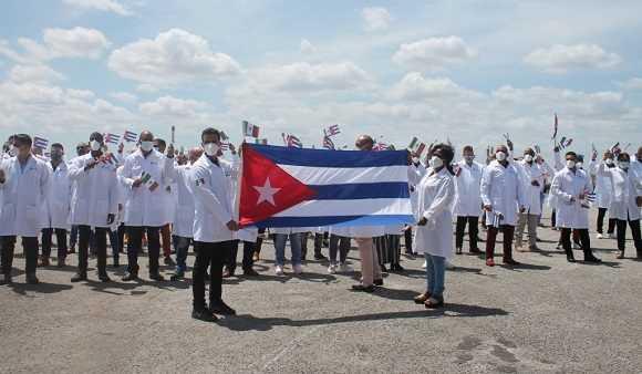 Covid-19: Ο πρόεδρος του Μεξικού εκφράζει «ευγνωμοσύνη» στην Κούβα για την αποστολή 1.000 γιατρών