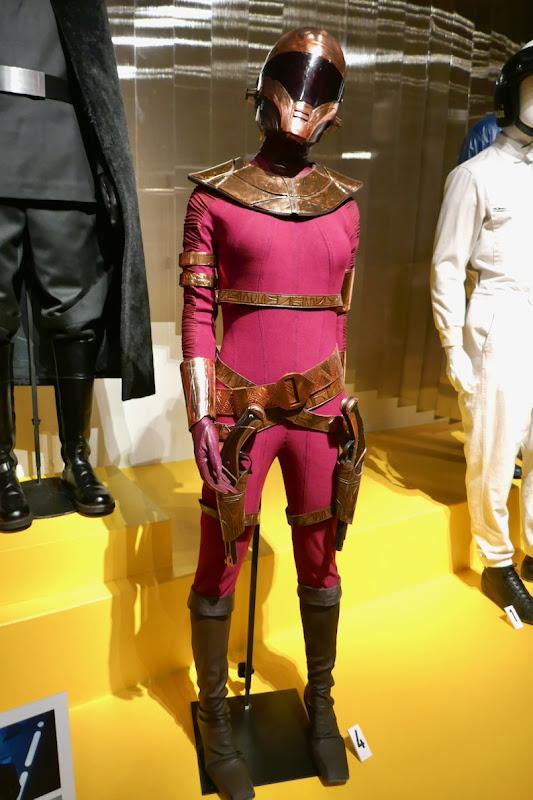 Keri Russell Star Wars Rise of Skywalker Zorii Bliss costume