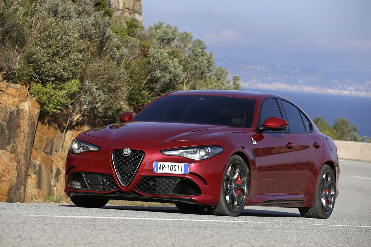 alfa romeo giulia priced from 37 995 in the u s quadrifoglio at 72 000 carscoops. Black Bedroom Furniture Sets. Home Design Ideas