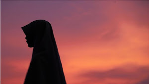 Ingin Jadi Wanita Penghuni Surga? Penuhi Ciri-cirinya