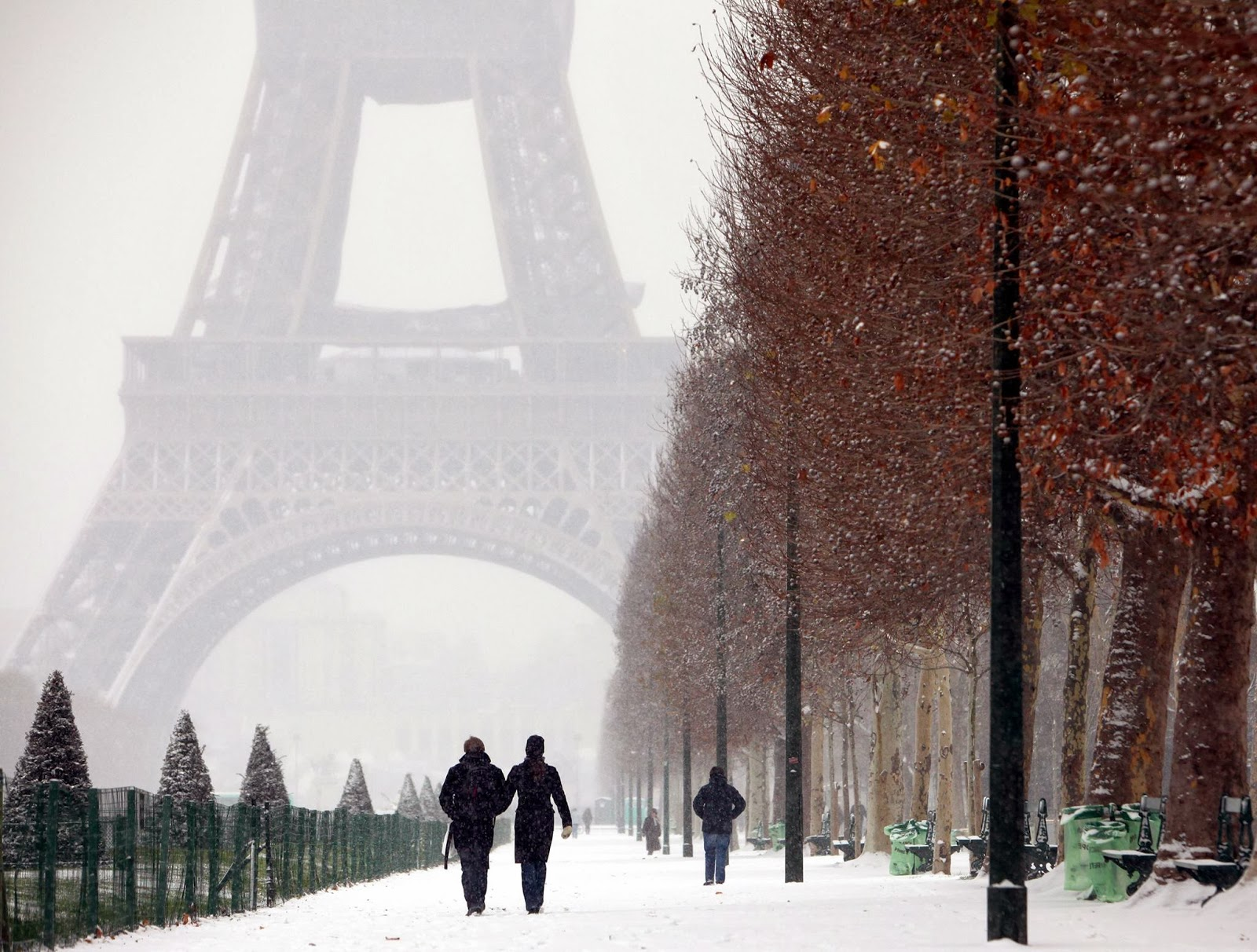 things to do in Paris on Valentines day