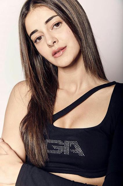 Ananya Pandey HD Wallpaper in black Dress