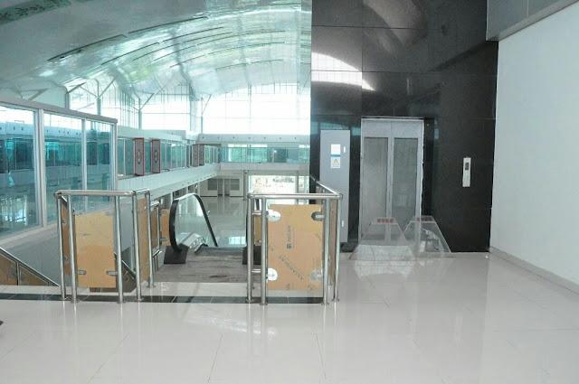 terminal baru bandara tjilik riwut palangkaraya lantai 2