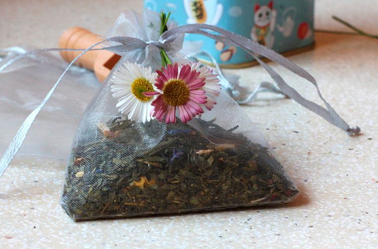 Cómo hacer bolsas aromáticas con té