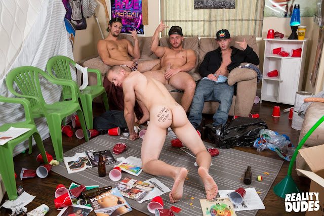 Dick Dorm - Please Fuck Me Hard