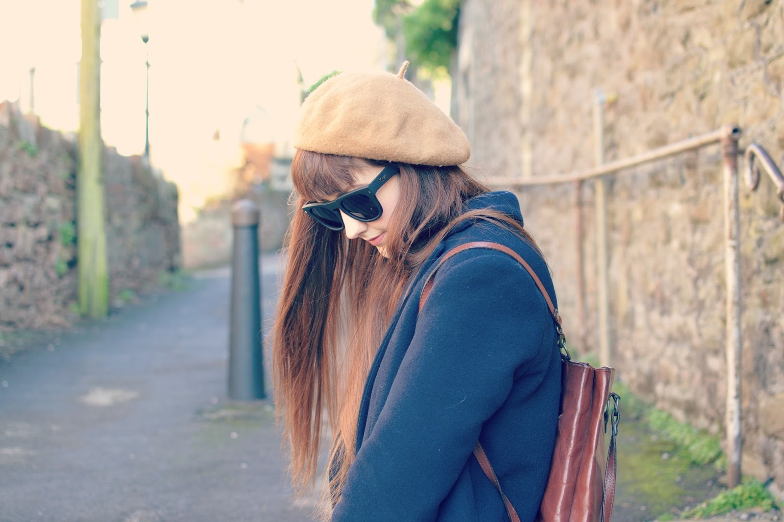 vintage fashion blogger, beret, style, quay, trends