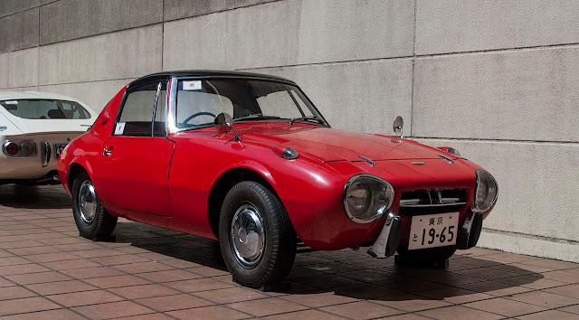 MotoringMalaysia: Spotted on the streets: Toyota Sports 800  Classic Japanese sports cars way