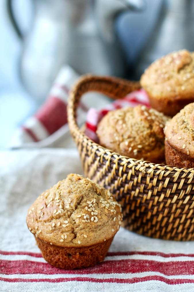 Whole Wheat Dinner Roll Muffins #wholewheat #muffins