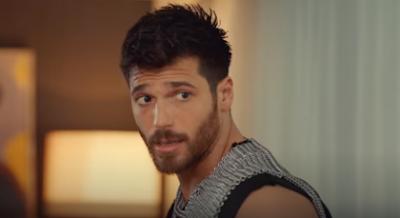 فنانة ايطالية  تفضح النجم التركي  جان يامان؟؟؟؟