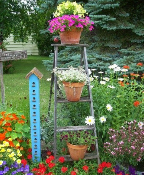 AWESOME DIY WOODEN DECORATION FOR YOUR GARDEN