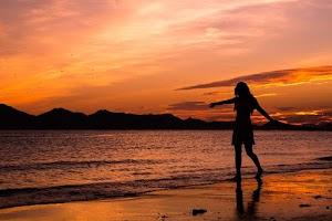 Aku, Dewi di Pulau Dewata