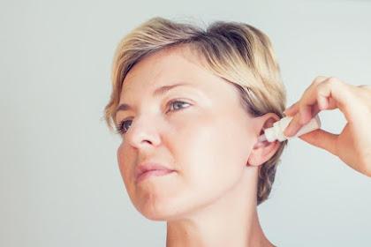 Jangan Digaruk, Berikut Beberapa Tips Untuk Mengeluarkan Air Dari Telinga