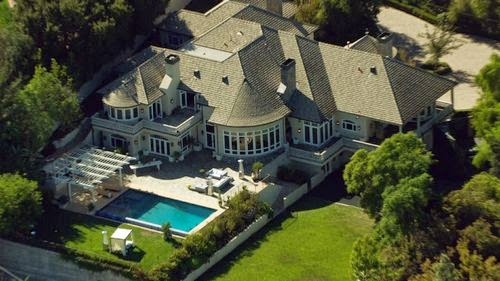 The bachelor Villa; Dream house in Los Angeles