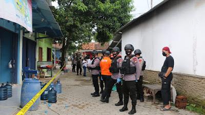 Densus 88/AT Mabes Polri, Amankan 3 Terduga Teroris Di Serang Banten