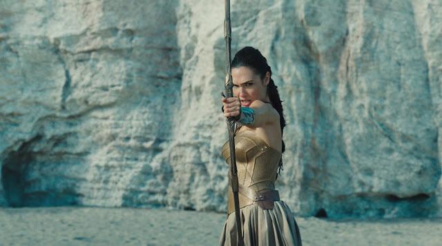 Wonder Woman con arco