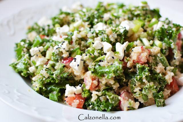 sałatka z jarmużem i quinoa