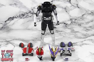 S.H. Figuarts Shinkocchou Seihou Kamen Rider Den-O Sword & Gun Form 41