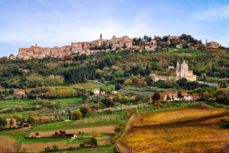 5 storybook villages in tuscany italy pg 3 travel daisy for Montepulciano italy