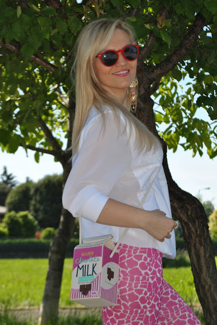 mariafelicia magno fashion blogger blondie blonde hair blonde girl ragazze bionde occhiali da sole rossi italia independent