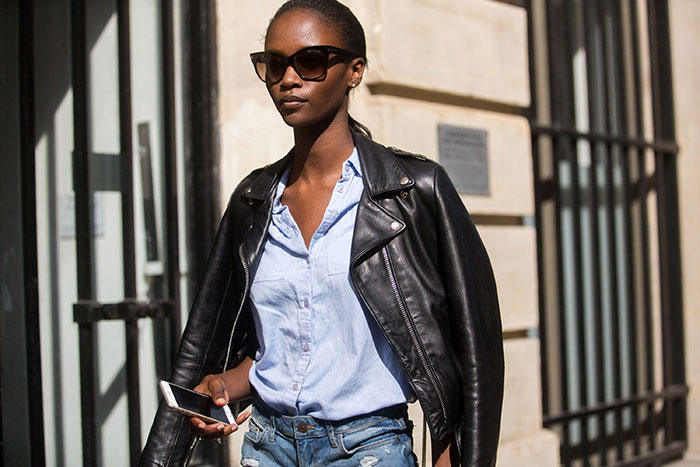 Street Style: Riley Montana Styles Up a Slouchy Shirt