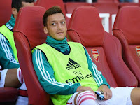 Oezil Assessed Less Hard Training at Arsenal