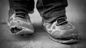 التلميذ وحذاء الفقير