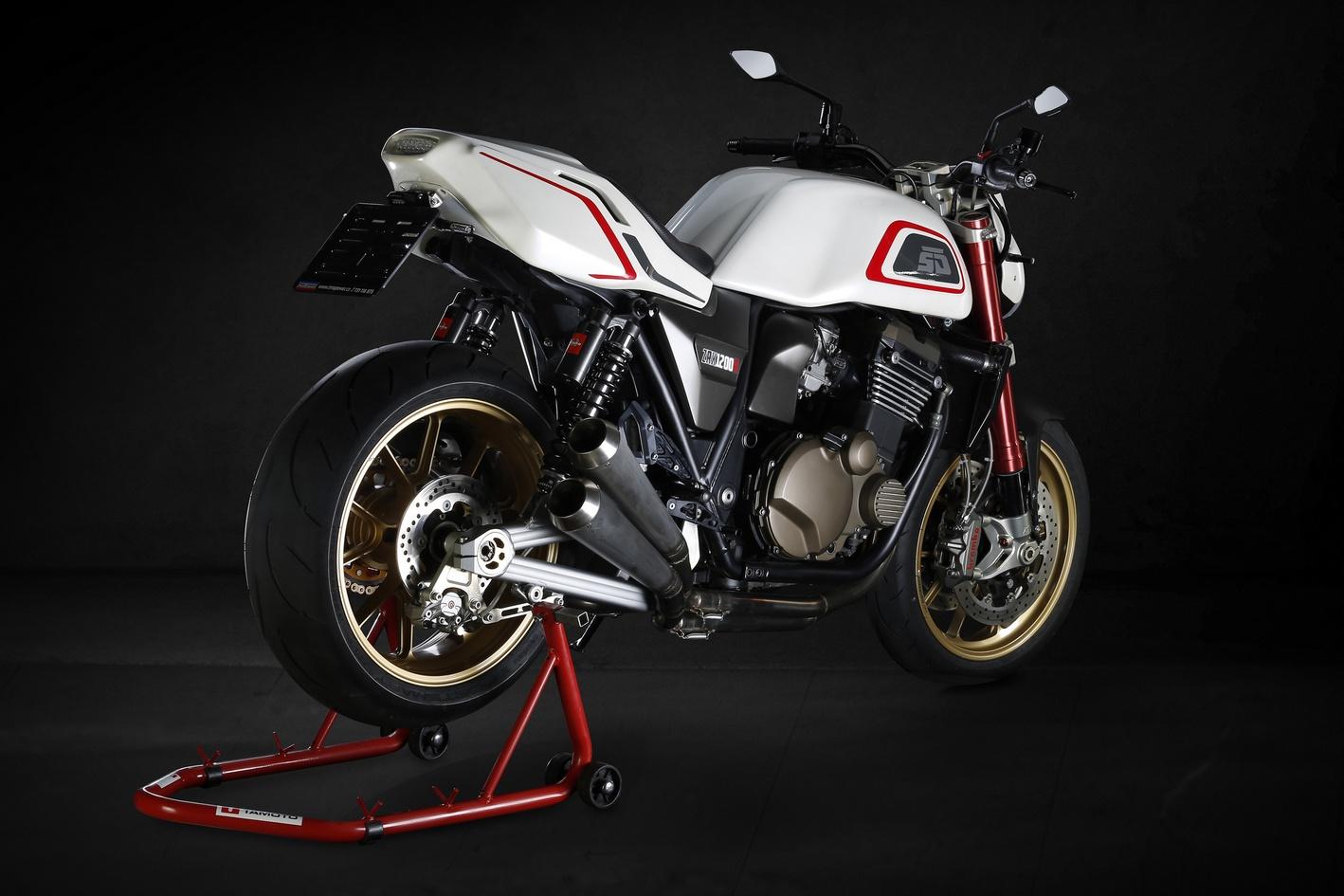 Kawasaki Zrx1200r By Skoda Design Rocketgarage Cafe Racer Magazine