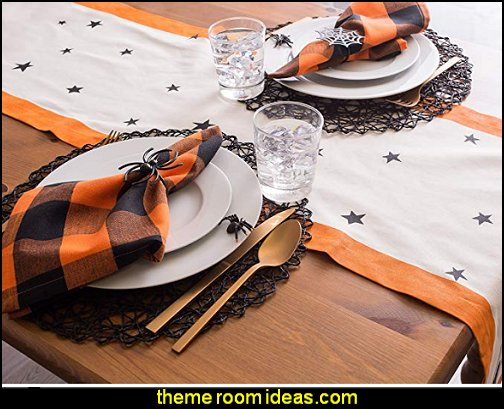 Table Runner, Black stars - Perfect for Halloween, Dinner Parties and Scary Movie Nights